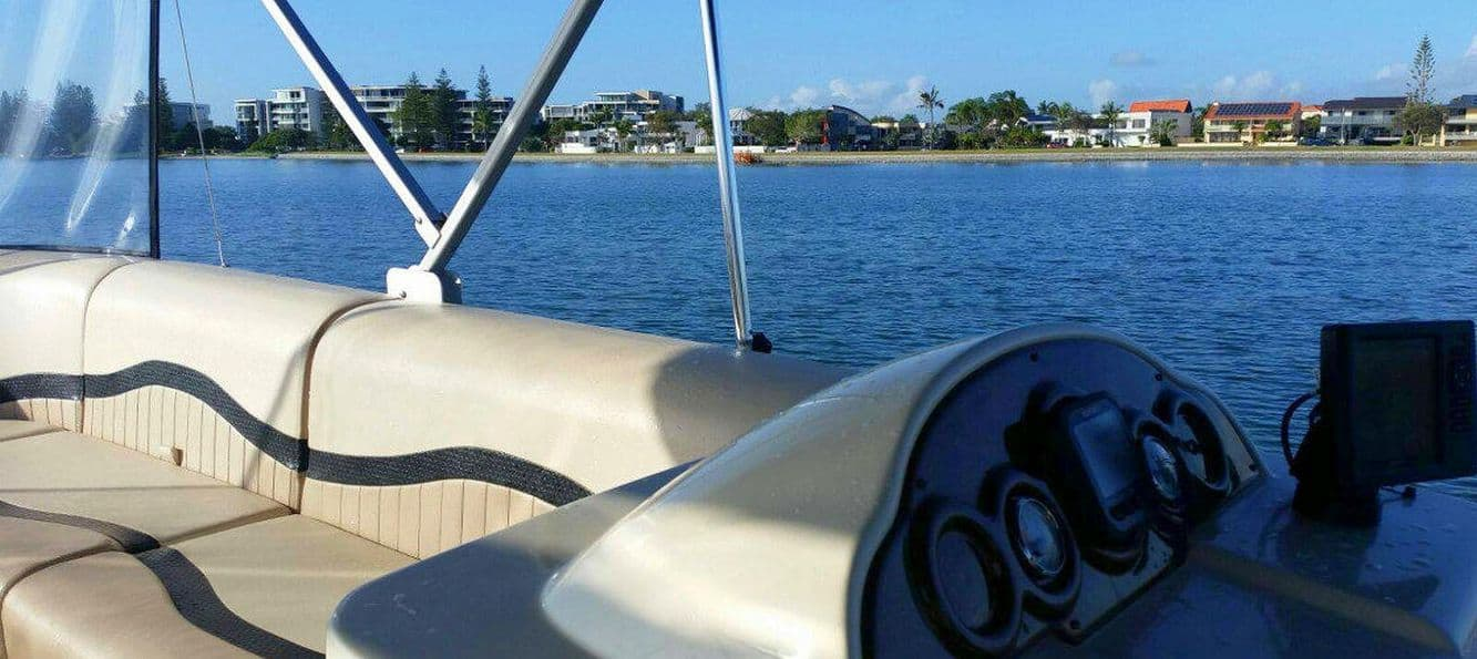 Boat Hire 03