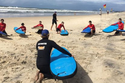 Surfing Lessons 06