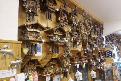 German Cuckoo Clock Nest-06