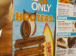 Hooters-02