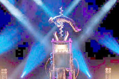 Illusions Magic Show 04